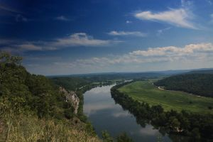 White River by tracykenefick