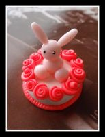 Rose Bunny Cake by Shiritsu