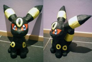 Paper mache Umbreon by LittleMissAntiSocial