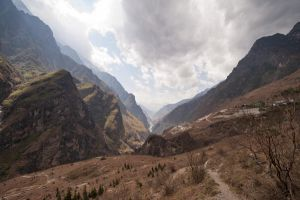 Tiger Leaping Gorge II by Tenbult