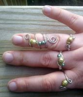 Silver and Green pearl ring set by WyckedDreamsDesigns