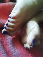 Morning Toes 2 by Whor4cle