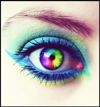 Rainbow eye by helly7307