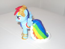 Gala Rainbow Dash - MLP Custom (Other side) by Nsomniotic