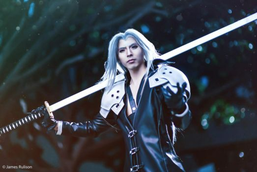 Sephiroth with sword cosplay by funnaejc