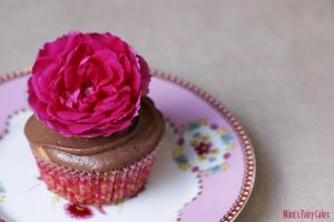 Sleeping Beauty Cupcake by Cailleanne