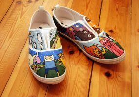 Homemade: Painted shoes by MarteRavn