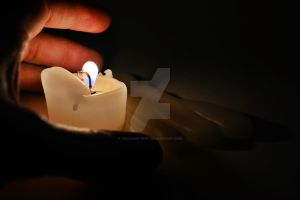 Hand and candle by FRichard-peint