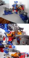 Monster Convoy Base mode by hinomars19