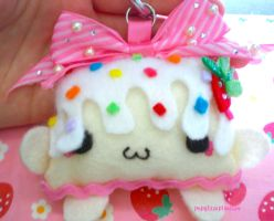 Cute-kawaii plushie keychain by popglitz