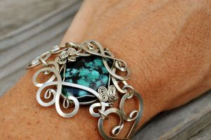 Wire Wrap Bracelet with Blue Turquoise stone by hyppiechic