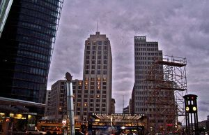 Potsdamer Platz by nevercrazy