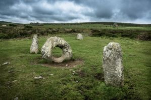 Lord of the stone rings by erynlasgalenphotoart