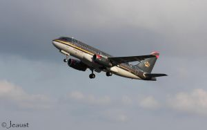 Airbus A319-132 Royal Jordanian Airlines by Jeaust