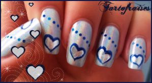 blue hearts nails 2 by Tartofraises