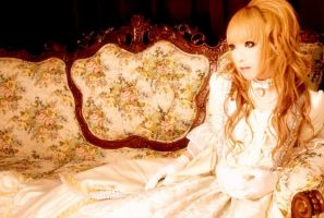 Hizaki by BloodyWonderland