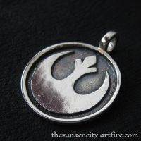 Silver Rebel pendant by Sulislaw