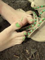 Kawaii Green Toes by Foxy-Feet