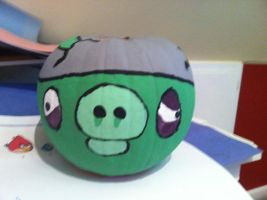 Angry Birds Pig Pumpkin by Stencils-by-Chase