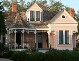 Victorian style home by pickleQ86