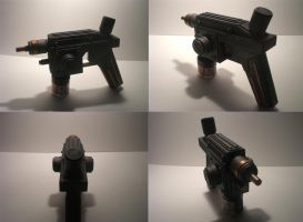 Steampunk shock pistol by Waileem