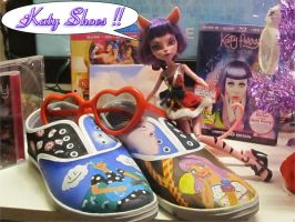 Katy Perry Shoes - OOTB and TD Cross. by EchoCat39