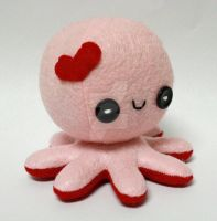 Octo-plushie in Love by jaynedanger