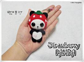 Strawberry PANDA by SongAhIn