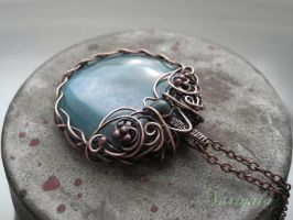 Statement blue pendant by nurrgula