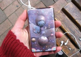 iPod Classic Moonlight Skin by paperplane-products