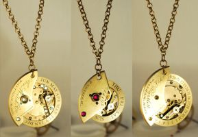 Steampunk Pendant Necklaces by Henri-1