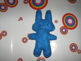 blue bunny by RaZero0