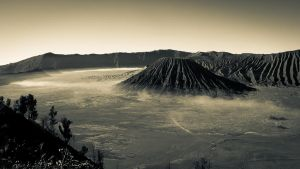 Mount Bromo by aspergerian