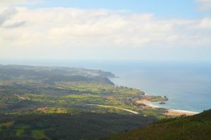 Lastres La Isla and Espasa from above by Jorapache