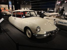 1965 Citroen DS by SoniaStrummFan217