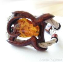 Amber and Wood Bracelet by AmberSculpture