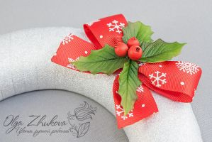 Christmas wreath from a cold porcelain by polyflowers