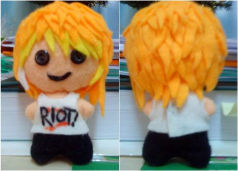 Hayley Williams - Plushie by kakapoo