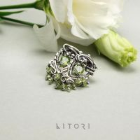 ISIS silver earrings, peridote by litori