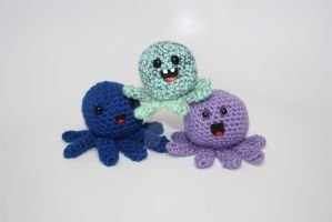 Octopus Friends by DunnWithLove