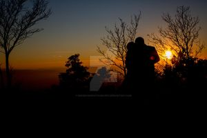 Lovers Silhouette by kengehingphotography