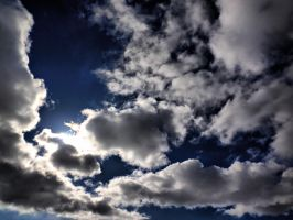 Clouds [HDR] by FinJambo