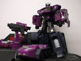 EVIL OPTIMUS IS COMING by forever-at-peace
