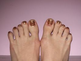 Leopard toes by jenna-daydreamer93