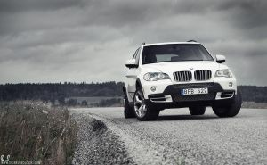 BMW X5 - aggressive - by dejz0r