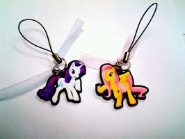 Finished Rarity and Fluttershy Phone Charms by Leefuu