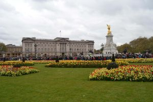 Buckingham Palace by Iron-Star
