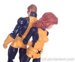 Marvel Legends - Scott Summers and Jean Grey by 0PT1C5