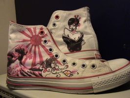 converse by hissho