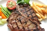 T-bone steak by erwinova